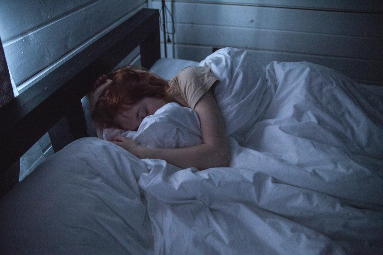 bed slapen laken